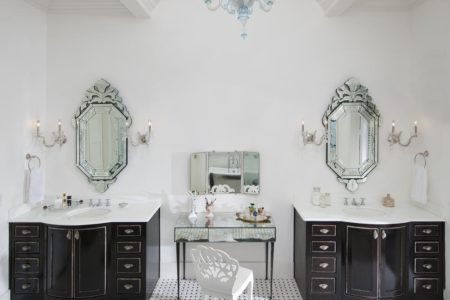 1 sophisticated master bath